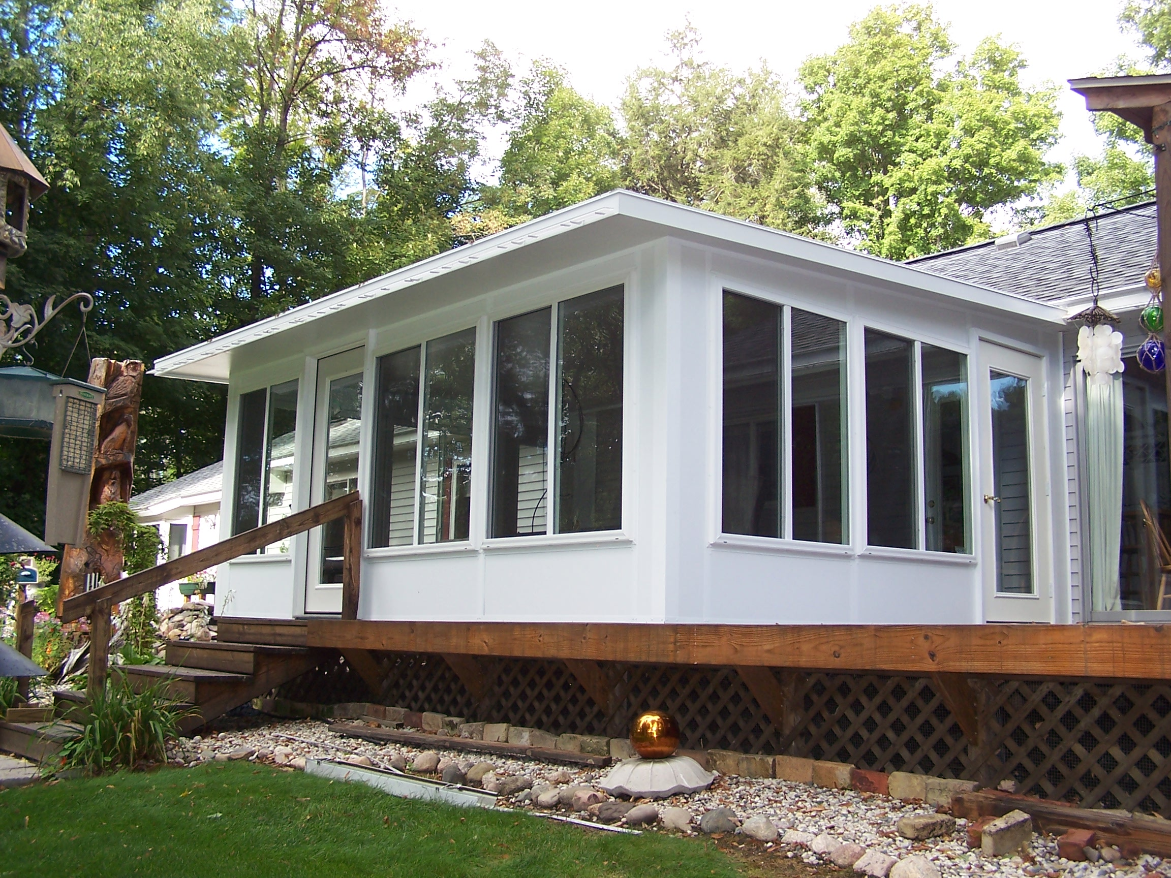 Studio Style Sunroom in Northern Michigan